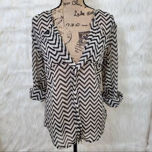 Charlotte Russe zig zag blouse